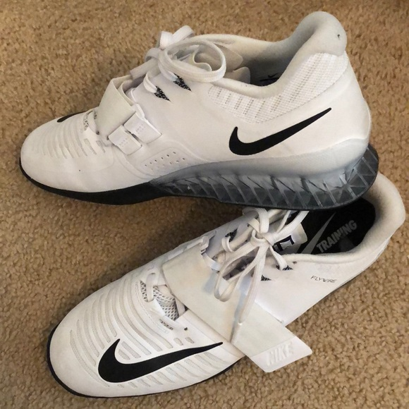 Nike Shoes | Nike Flywire Lifting Shoes